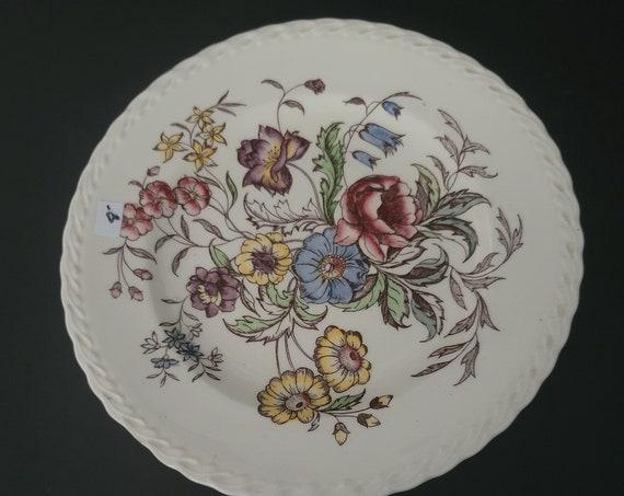 "Vernon Kilns ""May Flower"" Plate"