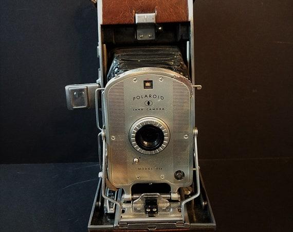 Mid Century Polaroid Land Camera Model 95b