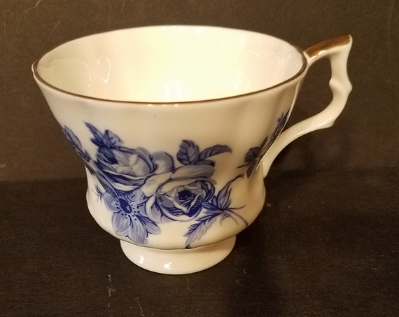 Royal Windsor Fine Bone China Tea Cup