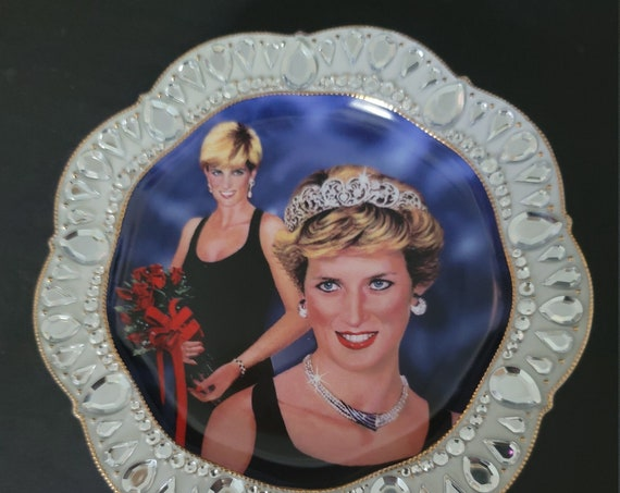 """Bradford Exchange """"The Sparkle of Diana"""" Collector Plate"""