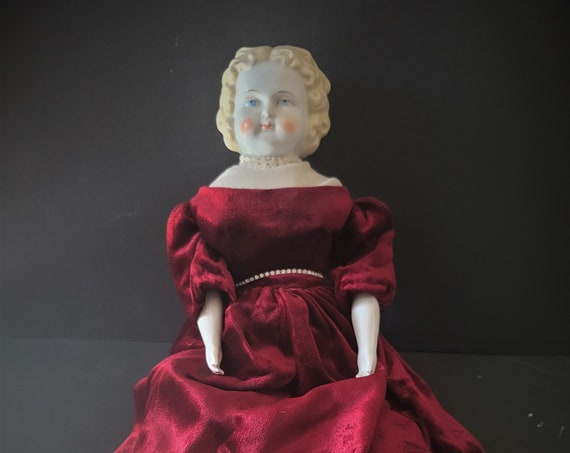 Blond German Low Brow Doll Porcelain and Cloth C. 1890