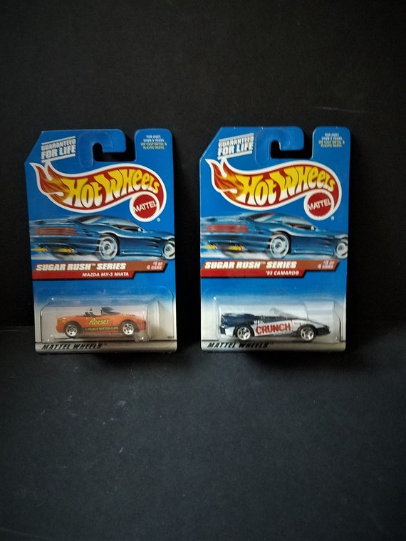 Hot Wheels Sugar Rush Series Crunch & Reeses