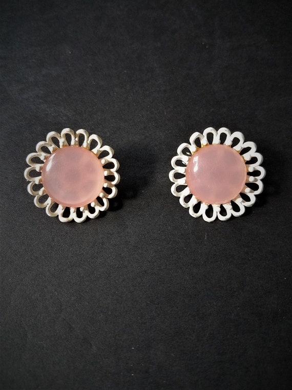 Vintage Pink Flower Clip on Earrings