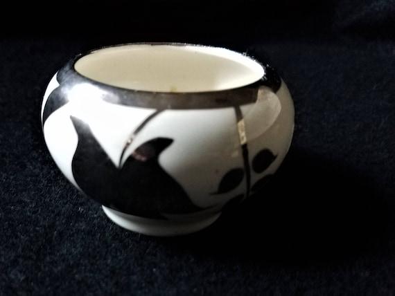 Lancaster and Sandland Sugar bowl