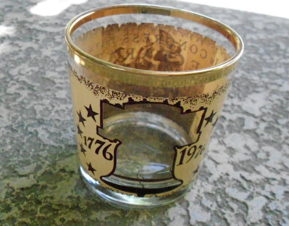 Bicentennial Liberty Bell High Ball Glass
