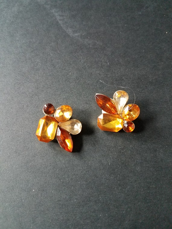 Clip-On vintage Cabachon Earrings