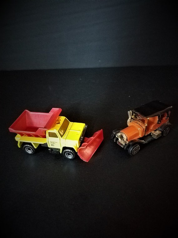 Snow Plow and Old Car Miniatures