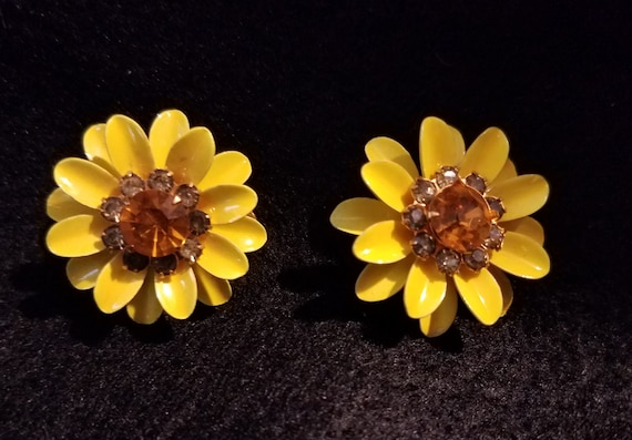 Yellow Vintage Metal Clip-on Earrings