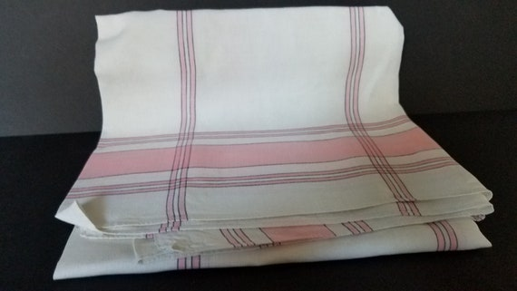 Vintage Pink/White Tablecloth