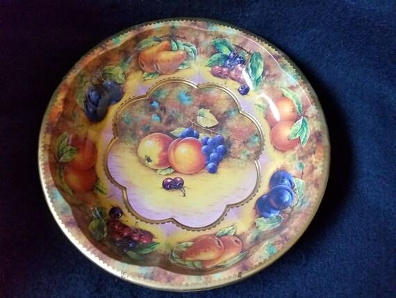 Daher Ware Tin Bowl 1971
