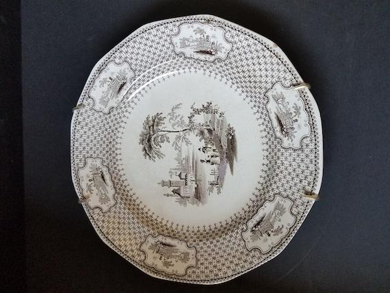 J Hawley Opaque Pearl Valetta Plate