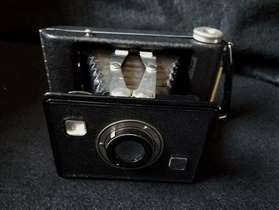 Camera Jiffy Kodak Six 20 Series II Circa 1940s