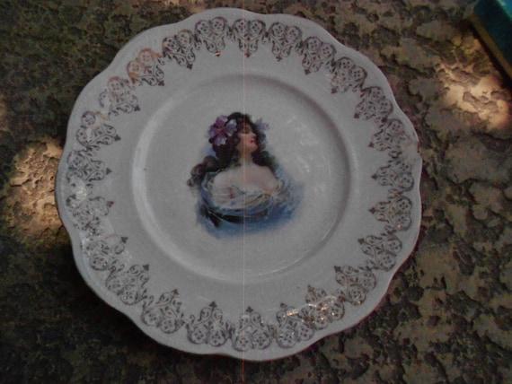 Plate/ Art Nouveau/ Colonial PotteryAntique