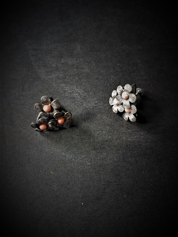 Peach and Silver Screw Back Earrings