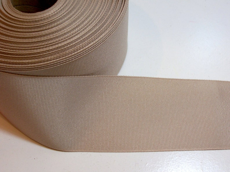 Offray Cool Khaki Grosgrain Ribbon 2 1//4 inches wide x 10 yds Gray Beige Ribbon