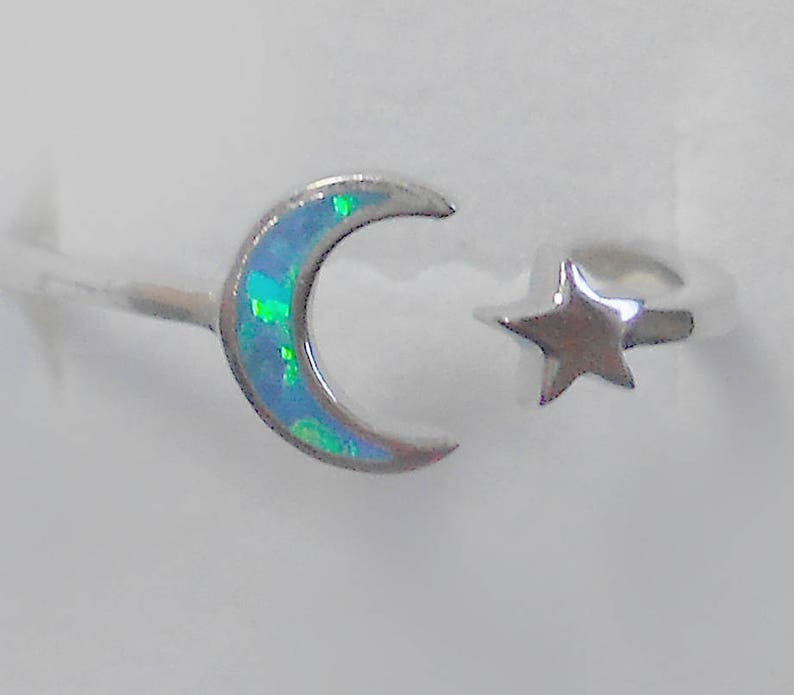 Size 4 White Opal Filigree Heart Sterling Silver Ring New Vintage Wholesale