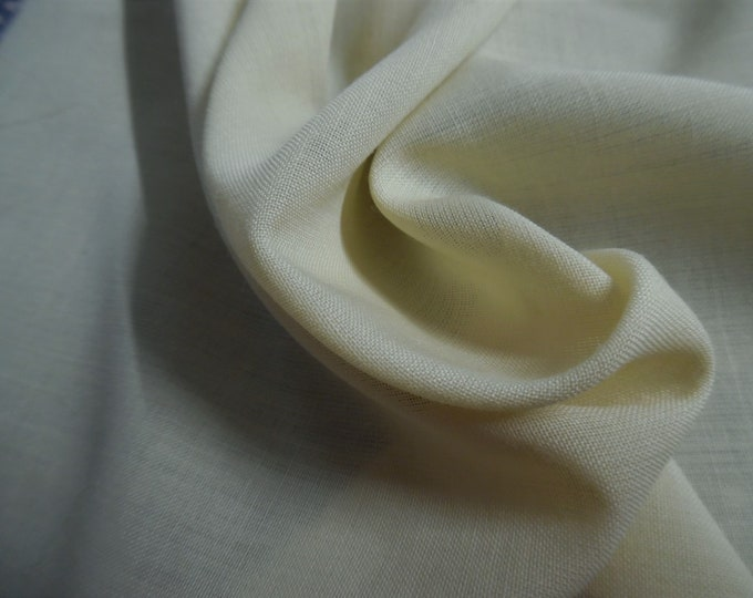 """Swiss Wool Blend Voile~Pale Yellow(Maize)~12""""x30""""~Doll Fabric"""