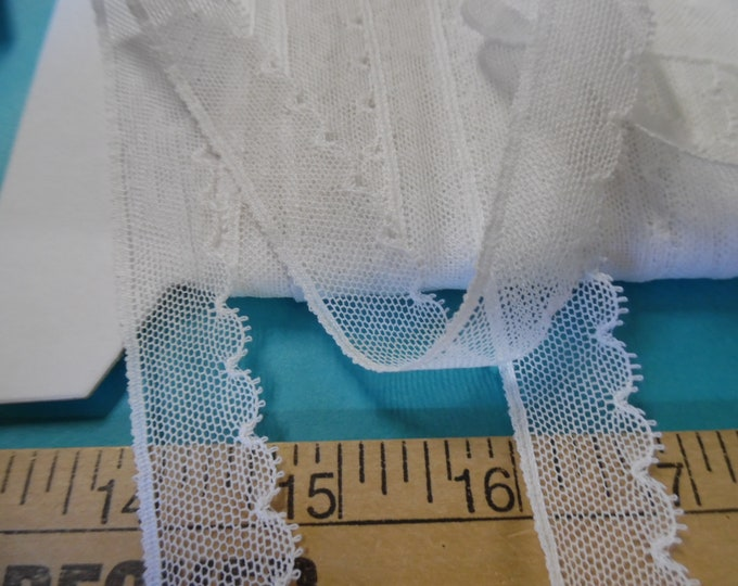 """French Val Scalloped Net Lace~White~Cotton~7/8""""~Capital Imports~BY THE YARD~Doll lace~Heirloom Sewing"""