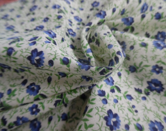 """Cotton Twill~Small Floral Allover Print~Blue & Green on White~18""""x45""""~Doll Fabric"""