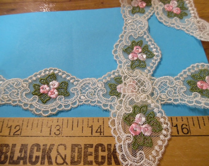 """Delicate Embroidered Net Lace~Pink/Green Floral on Ivory~1.25""""x1YD~Doll Trim"""