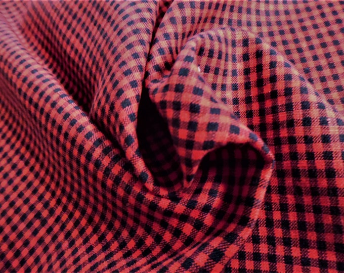 """Tiny Gingham Check Cotton Suiting~Red & Black~20""""x28""""~Doll Fabric~Christmas Elves~Santas!"""