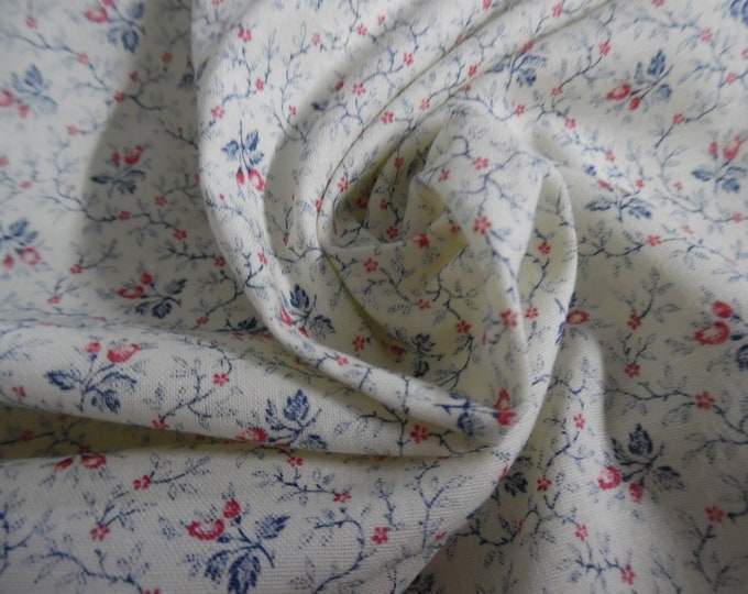 """Vintage Light Weight Cotton~Tiny Floral~Berry/Blue/Off White~12""""x45""""~Doll Fabric"""