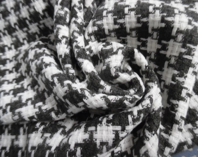"""Large scale Houndstooth Suiting~Black & White~Loose Weave~19""""x30""""~Doll Fabric"""