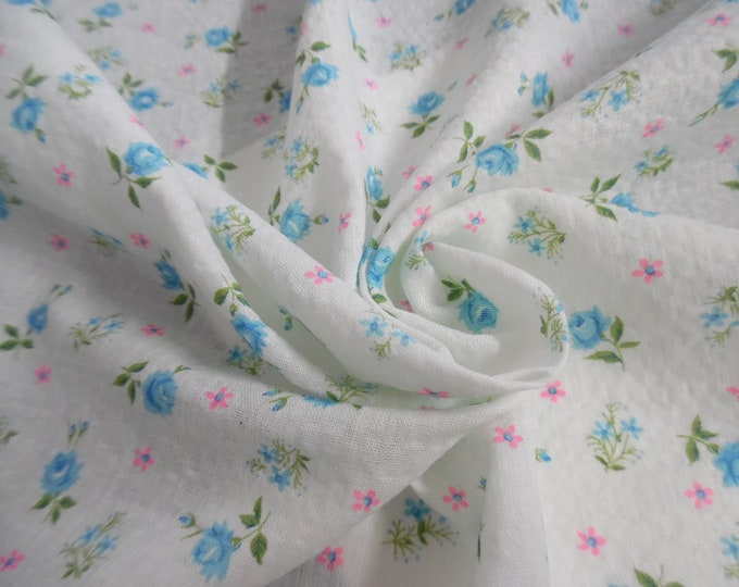 """Vintage Cotton Plisse'~Remnant~Tiny Blue Roses on White~29""""x31""""~Doll Fabric"""