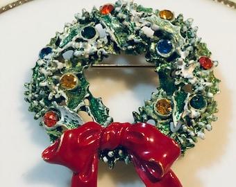 Rhinestone Wreath Brooch/Gift Boxed