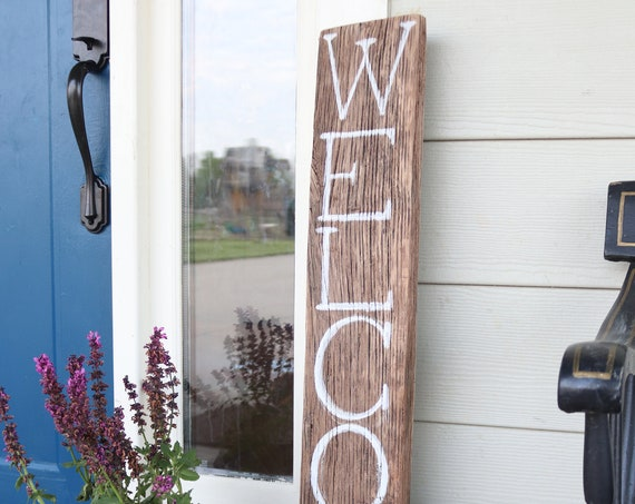 Welcome Farmhouse Barn lumber Sign