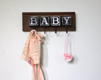 Graphic type Baby Block Rack room sign