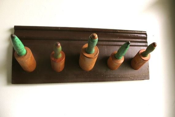 Green Rolling Pin Hanger
