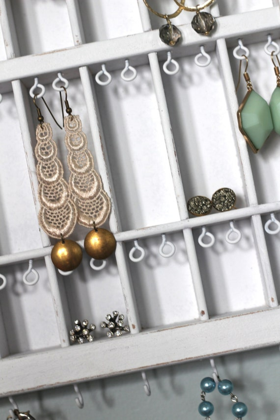 Jewelry Display White Distressed