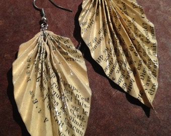 Vintage Recycled Book Origami Leaf Earrings 1954 (large size)