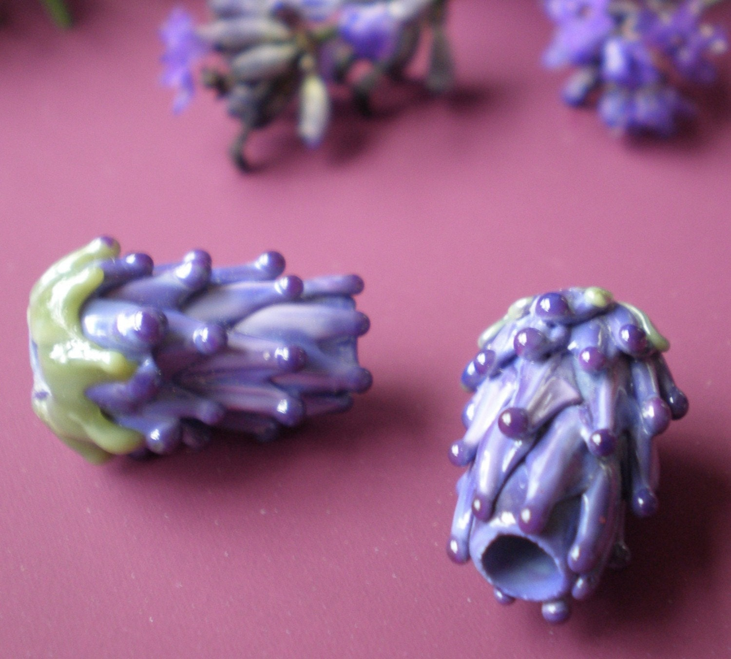 Small Size Beads: Lavender Glass Bead Small Size In Purple Rose With French