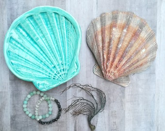 Seashell dish in Caribbean blue. Ocean beach house, catch all, soap dish, small plate, trinket dish gift. Wedding ring holder. Eco friendly