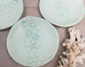 Mint green ring dish. Sea glass, sea foam green. Ocean ceramics soap dish, beach house, catch all, small plate, trinket, ring holder.
