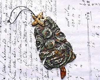 """Ornament Holiday """"O Tannenbaum"""" Polymer Clay"""