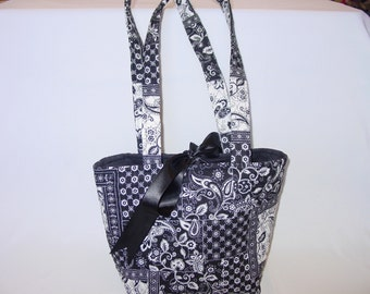 Black and White Quilted Bag