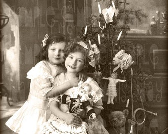 Christmas, Sisters and Tree, Toys, Teddy Bear - Instant Digital Download Antique  French Postcard early 1900's - Scan, Gift Tag - FC012