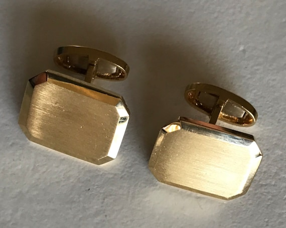 Timeless 18K Gold Cufflinks by NYC maker Black, Starr, and Frost (13.2 grams)