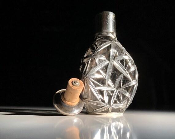 1895 Chinese Export Sterling Silver Salt Handblown Glass Overlay Pinch Bottle