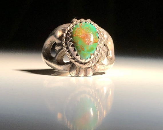 Navajo Sterling Silver Sandcast Turquoise and Spiny Oyster Cuff Bracelet (size 5.75)