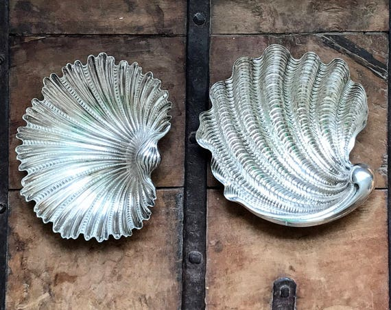 Buccellati Sterling Silver Arca or Tridacna Shell Dish (Medium)