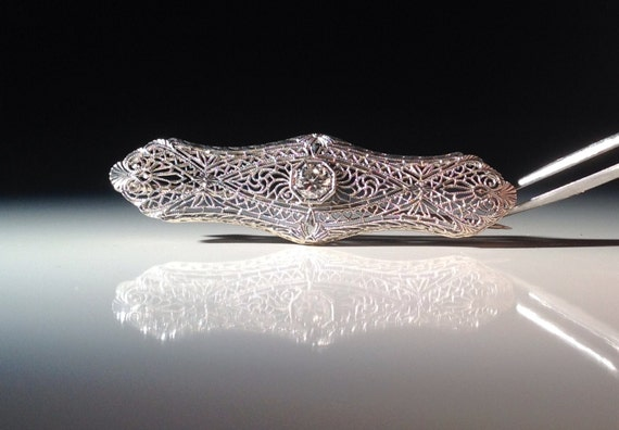1910 14 KT White Gold Antique Art Deco Filigree Diamond Brooch Pin