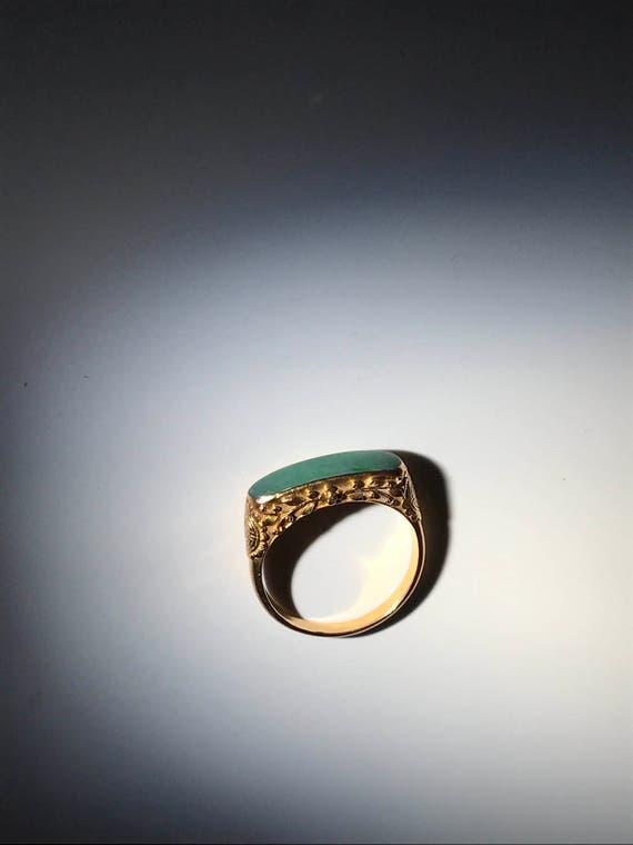 Antique 22K Gold Chinese Jade Saddle (7 g) 916 Gold