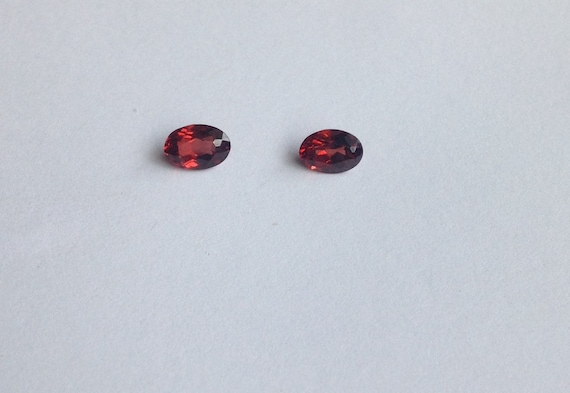 4mm X 6mm Garnet Oval Cut