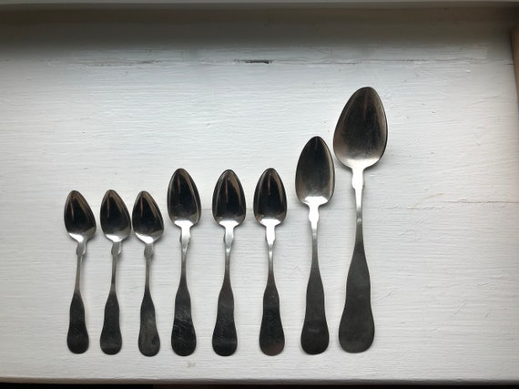 1831-1834 William D Beasom & Co of Nashua NH Set of Eight Coin Silver Spoons (Family Silver of Lucy A Smith of Nashua)