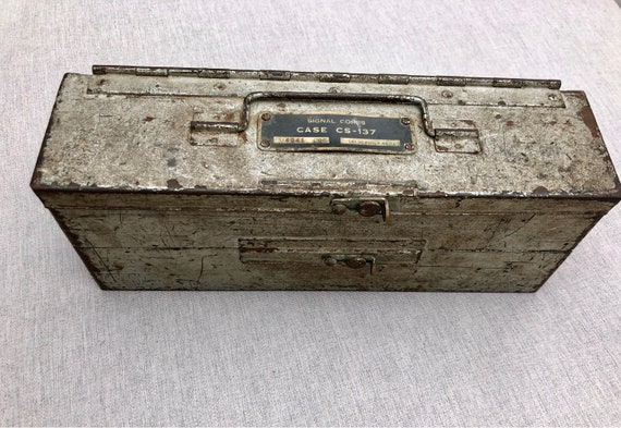 WWII Signal Corps Radio Crystal Box Steel With Two Compartments (Case CS-137)