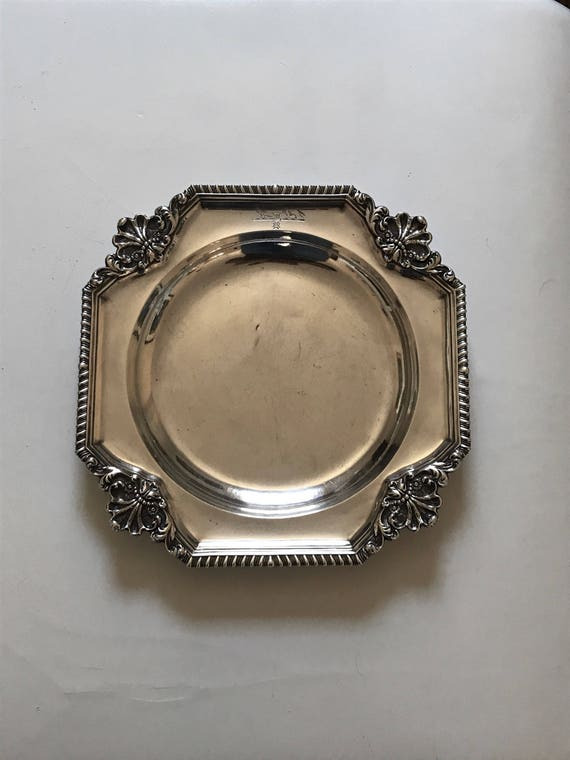 1835 Paul Storr Sterling Silver Serving Dish - William IV - London (970 grams)